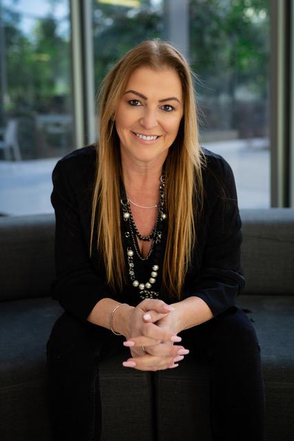 Love Coach & Couples Therapist Rose Lawrence in Redondo Beach California